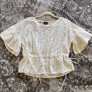 Adorable off-white lace blouse